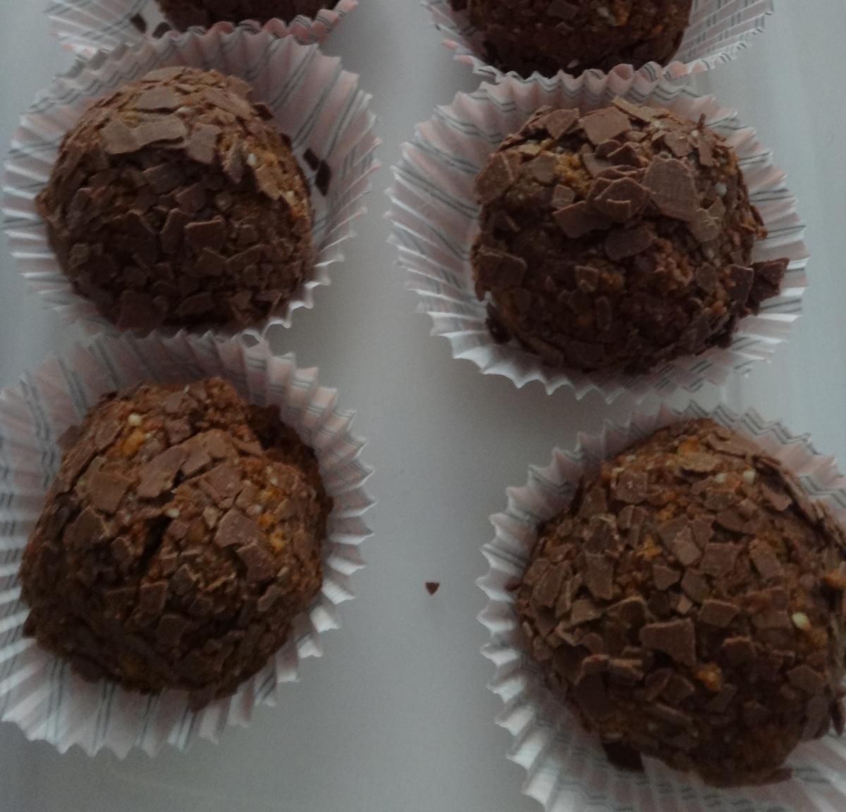 christmas cookies - gingerbread rum balls